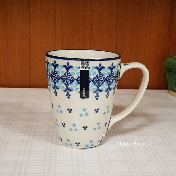 Bunzlau Castle Mug with Ear Santorini